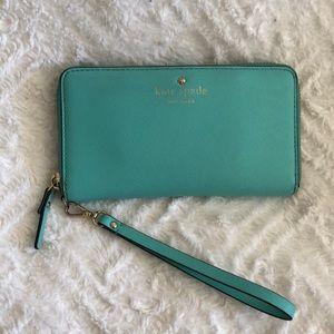 Kate Spade Wallet / Wristlet